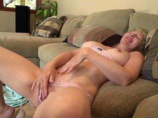 Blonde with horny wet spot goes solo