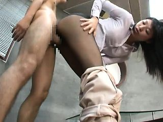 Elegant Japanese lady in pantyhose gets fed a thick cock