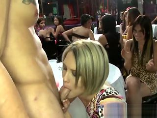Hung stripper blown with power by party babes