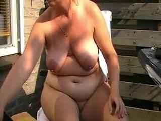 Dutch MILF masturbates