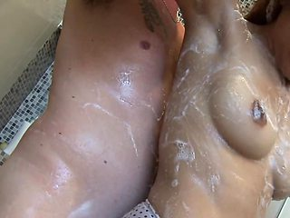 Guy fucks winsome Thai girl after they take shower together
