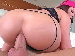 Sweet girl Casey Cumz takes a big dick up her big ass