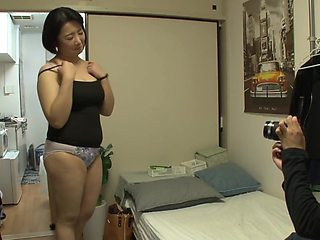 Married cleaning lady gets fucked