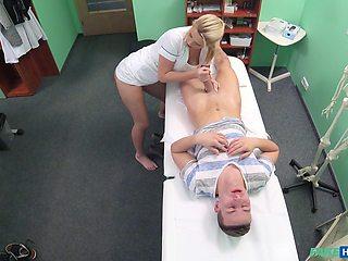 Blonde nurse Bianca Fererro spreads her legs and rides her patient