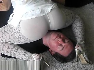 Whipping and pantyhose facesitting