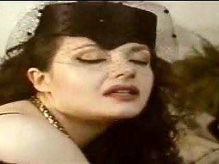 Rossana dol-una zia molto disponibile
