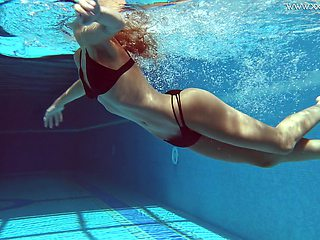 Tiffany Tatum makes that sexy underwater show sexier and she's got ass
