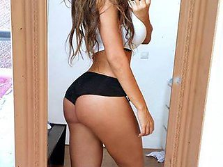 Awesome Hot Babe Sexy Ass Twerk