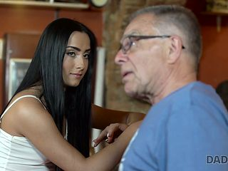 Old fart fucks beautiful young brunette Anna right on the table at the bar