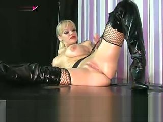 British Babe Jemma Jey Thigh High Boots and Oil Show