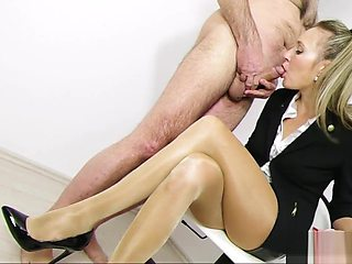 SECRETARY LEGJOB, TONGUEJOB & CUM ON FACE