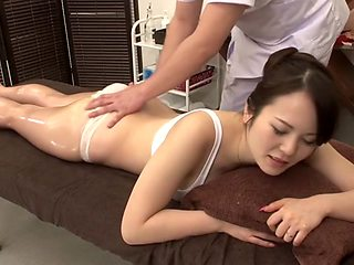 Amazing Japanese girl in Horny Massage, MILF JAV clip