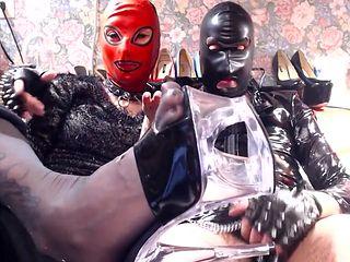Padrona Miss Wagon e Master Blade vogliono i soldi dei fottuti moneyslave