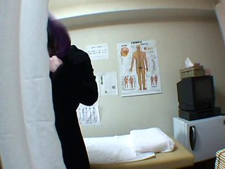 Hidden spy cam massage turns into fingering a girl's pussy