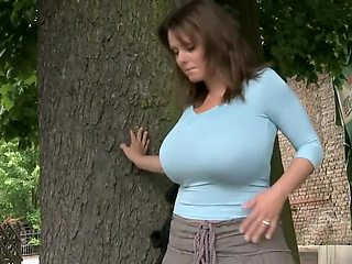 Milena behind the Tree