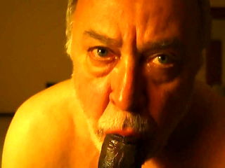 Bearded old man sucking verbal black guy's dick (1)