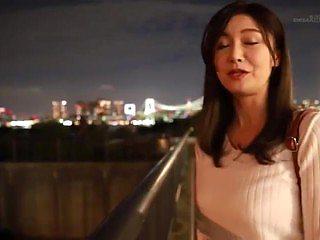 Japanese beautiful mature woman