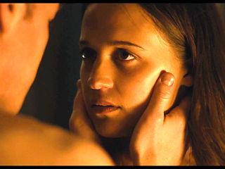Alicia Vikander - ''Submergence''