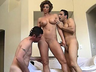Nude Female Bodybuilder Gets Worshiped By 2 Guys