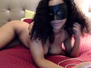Masked camgirl exposes her fabulous curves and masturbates