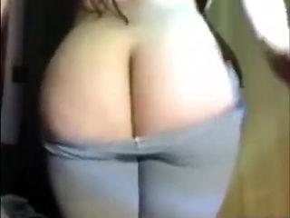 Arab Slut on webcam