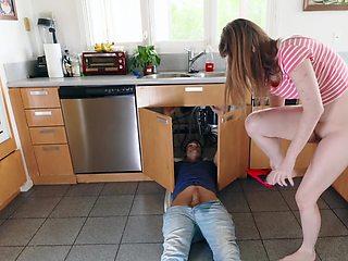 Handyman fucks innocent female upon her own request