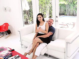 Family Strokes- Adorable Step-Daughter Offers Pussy As Gift
