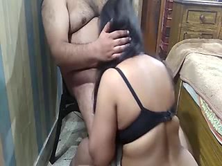 Muslim milf forced by boss to seduced