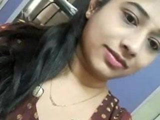 Hot Indian Masturbation Clip