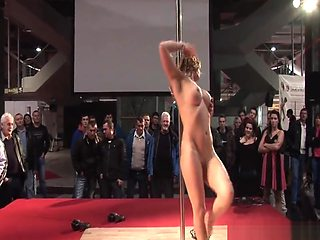 Amazing naked pole dancer