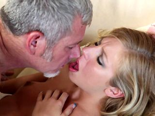 Blonde cutie and her hard cocked bang buddy both enjoy blowjob session