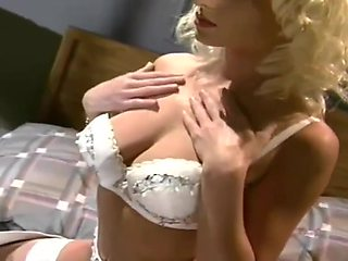 Heather Hart, Hyapatia Lee and Taylor Wane in Love Letters (1991)