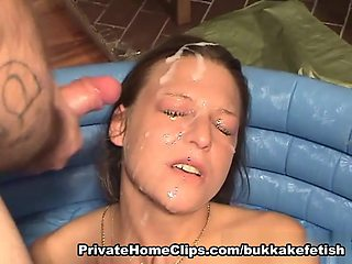 Cook Jerking, Oral Pleasure and Void Urine absorbing