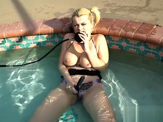 scuba pool masturbation