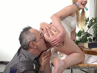 Pigtailed fresh young chick gets her pussy fingered by older man