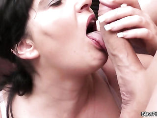 Chubby woman picked up for cock riding