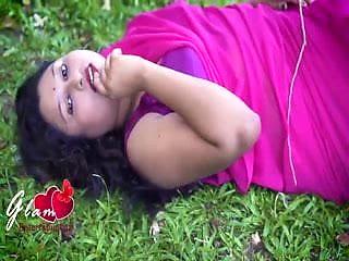 Desi sexy bhabi hot photoshoot