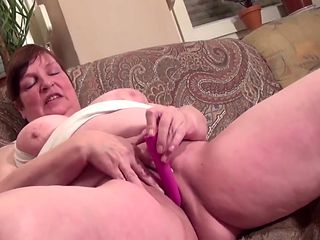 Chubby MoM In Fishnet Pantyhose