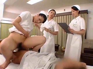 Medial Treatment By 3 Nurse