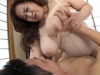 Hayama Nobuko ends her porn show with a messy creampie