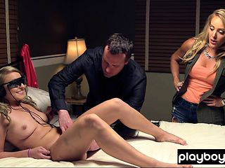 Cute blondie introduces the new E stimulator to Kate
