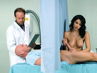 Brazzers - Doctor Adventures - A Nurse Has Ne
