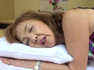 Married muff Asano Taeko moans while being pleasured by her hubby