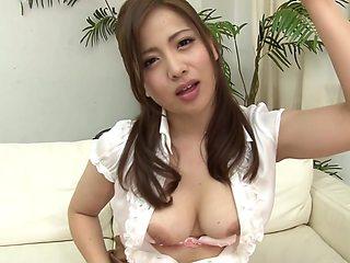 AzHotPorn - Asian Porn Star Screaming Orgasm
