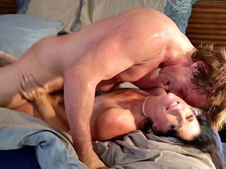 Brunette India Summer getting skull stuffed by Evan Stone's sturdy sausage
