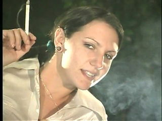 Women smoking long cigs 164s