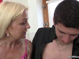 Hairy-pussy girlfriends mom seduces boy into taboo sex