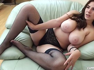 Awesome busty hot body babe squirts