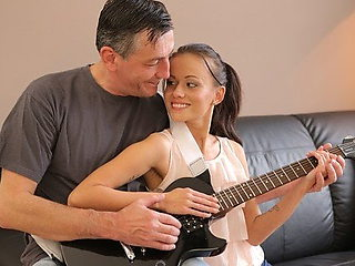 OLD4K. Old musician plays guitar for teen babe then he fucks her