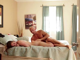 Brunette India Summer just needs her overwhelming sexual desire to be fulfilled in sex action with Logan Pierce